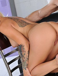 Stevie Shae Enjoy A Big Cock