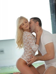 Sweet Blonde Candee Licious Fucking