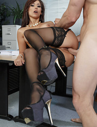Reena Sky In Pounding Out The Project