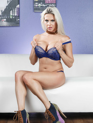 Busty Blonde Rachel RoXXX Gets Nude On The Sofa