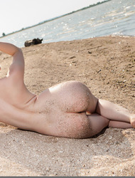 Gorgeous Blonde Teen Ginger Frost Nude On The Beach