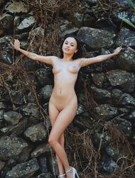 Hot Assed Teen Beauty Li Moon Nude Outdoors