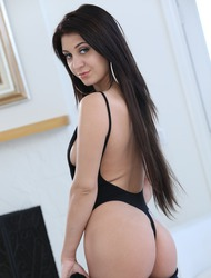 Hot Young Babe Jojo Kiss Strips Off Her Sexy Black Bodysuit