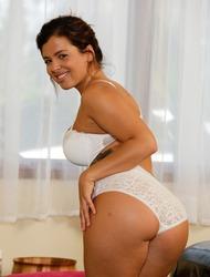 Keisha Grey Booty On A Hard Cock