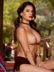 Hot Latina Babe Vanessa Veracruz Strips In A Barn