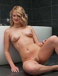 Watch Heather cum by Joymii