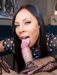 Gianna Nicole Too Pretty For Porn