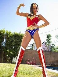 Wonder Woman Tori
