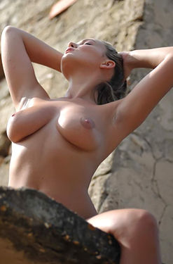 Jodie Gasson in the Sun