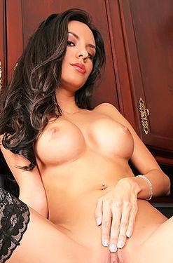 Mindy Vega pussy