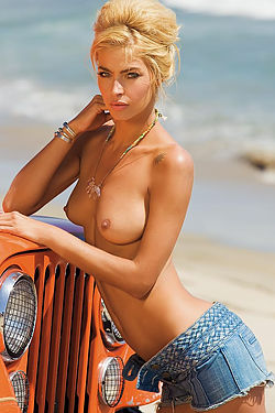 Australian Supermodel Lisa Seiffert