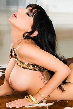 Lela Star Sexy Latina Babe Posing Naked