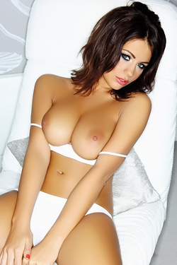 Lovely Holly Peers