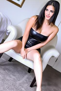 Glamour Sunny Leone