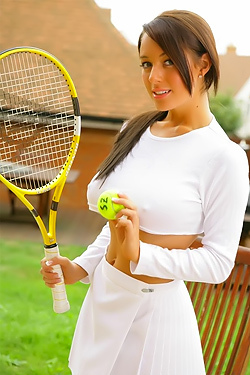 Play Tennis With Lindsey Strutt