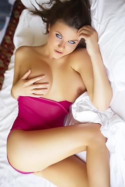 Marjana In Double Pink