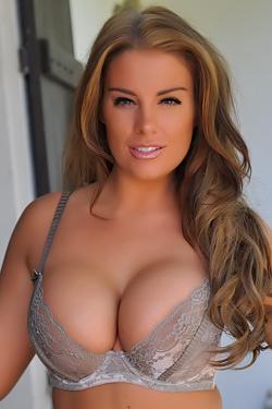Big Boobs - Gracie Finlan