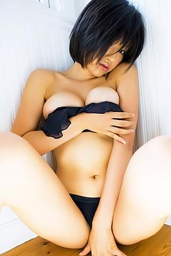 Asami Tada In Sexy Black Bikini