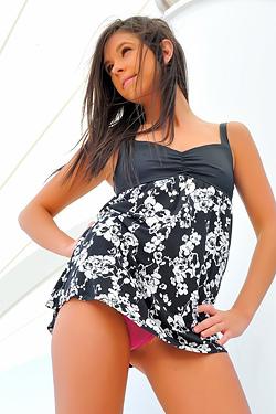 Brooke Flashing Upskirts