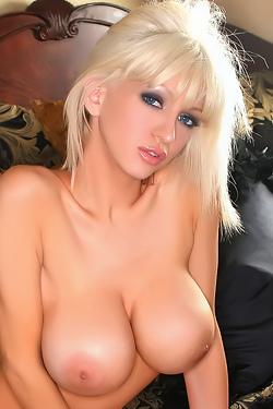 Jill Hot Red 2