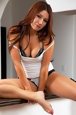 Naked Redhead Ann Marie Rios
