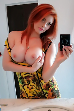 Amateur Redhead Girl Rainia Belle