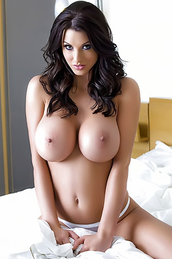 Alice Goodwin Most Heart-stopping Breasts