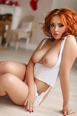 Busty Redhead Liza
