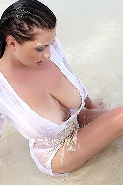 Ewa Sonnet Beach Babe