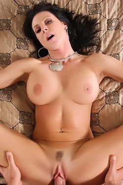Kendra Seduces Her Neighbor Into Sweet Sex