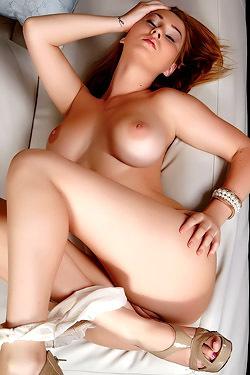 Big Titted Babe Masturbates