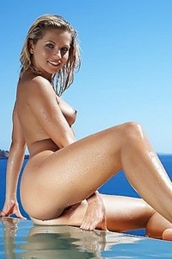 Sexy Nude Blonde