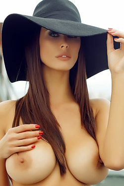 Bilyana Evgenieva - Big Naturals