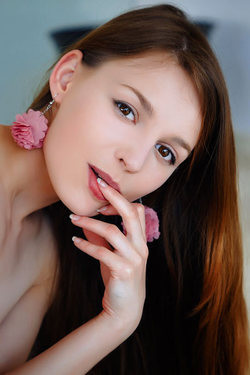 Petite, Gorgeous Ukrainian Brunette Sofi Shane