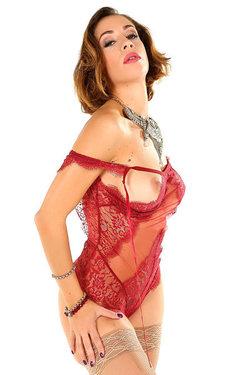 Malena Ready To Tease You